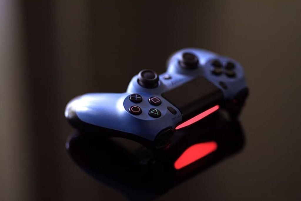 Red Light on the PS4 Controller
