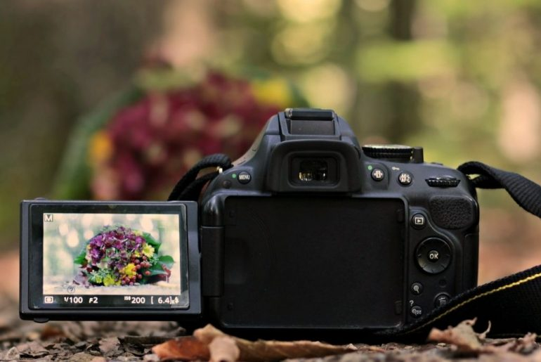 Best Canon Camera With A Flip Screen